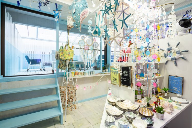 沖縄雑貨カフェ・ワンのシュノーケル様店舗リノベーションの画像9